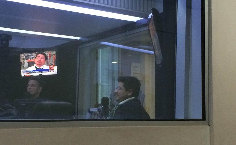 Robin Gutiérrez y Luis Larraín estuvieron en Radio ADN la tarde del mismo día hablando de la encuesta.