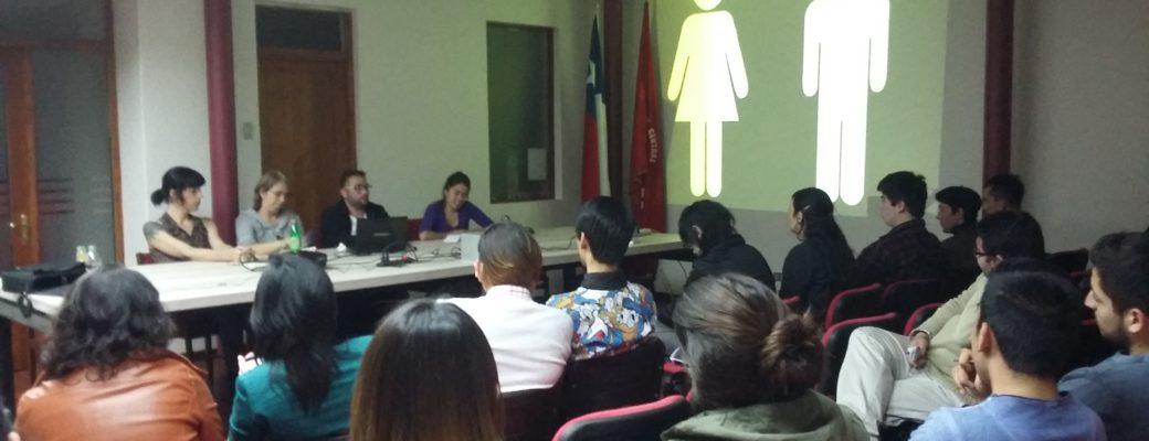 Encuentro Del Frente (FDS) En La Sede Del Partido Comunista De Chile