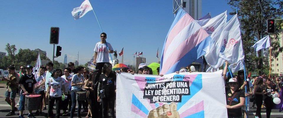 Miles Se Toman El Centro De Santiago En Marcha LGBTI Por Ley De Identidad De Género Y Derechos Filiativos