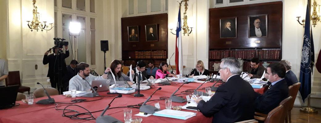 Comisión Mixta Aprueba Que Les Cuidadores De Adolescentes Autoricen Cambio De Nombre