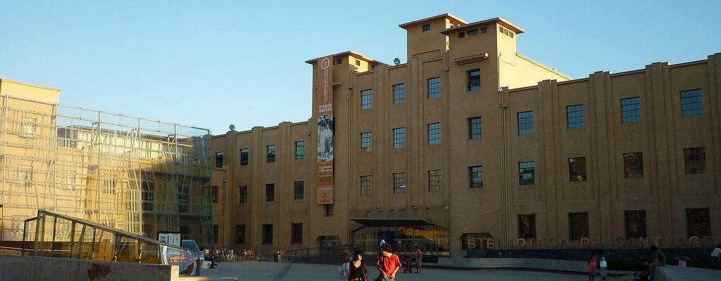 Biblioteca De Santiago Permite Que Personas Trans Se Inscriban Con Su Nombre Social